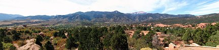 Click here to download wp_pikespeakfromgardenofthegods.zip