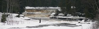 Click here to download wp_tahquamenonlowerfalls.zip