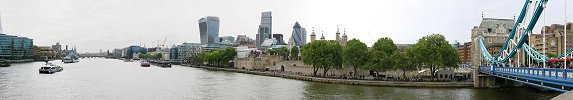Click here to download wp_thamesriverfromtowerbridge.zip